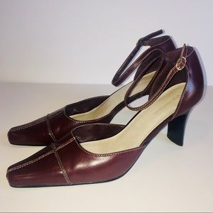 Retro Leather Ankle Strap Pumps Burgundy - Size 8